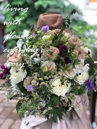 花贈り -  Flower and cafe 花空間 ivory (アイボリー)
