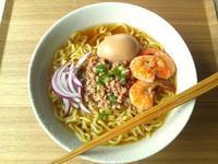 豚そぼろで、台湾の坦仔麺風の汁麺 - Minha Praia