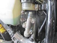 H内サン号 GPZ900Rニンジャのトップブリッジ交換&ブレンボ クラッチマスター装着・・・(^^♪ - フロントロウのGPZ900Rニンジャ旋回性向上計画!