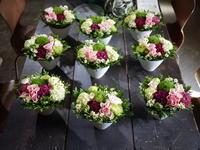 お礼のアレンジメント。市内と市内近郊9ヶ所に配達。2020/06/04。 - 札幌 花屋 meLL flowers