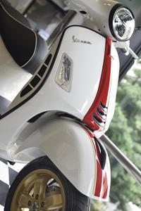 Vespa GTS Super 150 Racing Sixties (レーシングシックスティーズ) - SCSブログ
