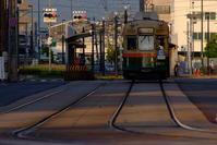 6/10は路面電車の日 - まずは広島空港より宜しくです。