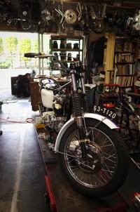月曜日の授業風景~2ヶ月半ぶりの授業~ - Vintage motorcycle study