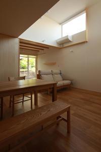 コンセプトをご紹介住宅密集地に建つ光あふれる開放感のある住まい - 加藤淳一級建築士事務所の日記