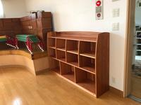 園児のための杉の本棚 - woodworks 季の木  日々を愉しむ無垢の家具と小物