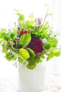 あきらめきれずに芍薬とリラでブーケを(^^♪ - お花に囲まれて