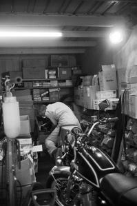 Motorcycle makes a man - ひととひかり