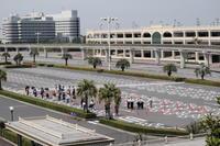 [TDL開園練習]17日の練習手荷物検査までの待機 - 東京ディズニーリポート