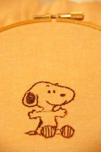 次女の初めての刺繍♪〜SNOOPY/初めてのお客様にビックリ・・!(庭:虫など苦手な方はご注意下さい) - DOUBLE RAINBOW