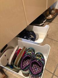下駄箱に靴を直接置く派ですか?シートを敷く派ですか? - ~ヒトが主役の暮らしを作る、ライフオーガナイザー~VIVA LIFE Lab.