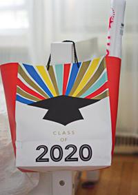 もうすぐ小学校の卒業式を迎えます - NY/Brooklynの空の下