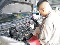 NSP130ヴィッツ納車整備中(*^^)v - ★豊田市の車屋さん★ワイルドグース日記