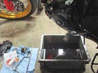 F田サン号 CRF450Lモタードのオイル交換やらフェンダーカットやら車体姿勢の変更やら・・・(^^♪ - バイクパーツ買取・販売&バイクバッテリーのフロントロウ!