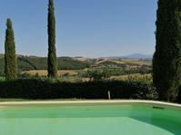 バカンスはどこで.... - Life in Tuscany...トスカーナのワイナリーで美味しい生活