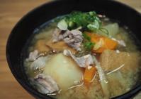 豚ウデ肉でとん汁 - sobu 2