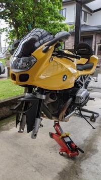 タイヤ交換 - R1200Sでツーリング