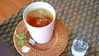 アイスティーの季節 - 紅茶とうつわの店