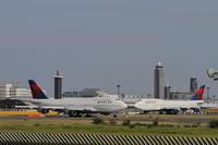 Boeing 747 - Skybridge Annex