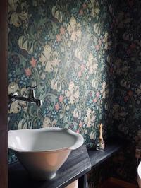 トイレの壁紙モリスです - orihime's cafe