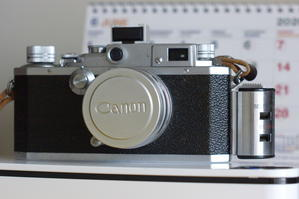 CANON ⅣSB CANON50㎜1.5(撮るものがカメラしかない) - 写真日記