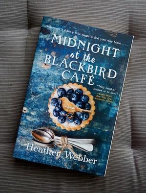 おいしいパイに魔法はいらない……。Midnight at the Blackbird Cafe (Heather Webber) - ジャケ買い洋書日記