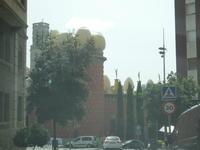 【スペイン】フランス国境に近いフィゲラス(Figueres)のダリ劇場美術館、カダケス(Cadaqués)のポルトリガドのダリの家へ - Souvenir Inoubliable