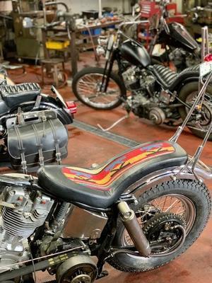特別 - Cyla motorcycle DEPT.