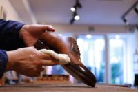 新店舗オープンのお知らせ - シューケアマイスター靴磨き工房 銀座三越店