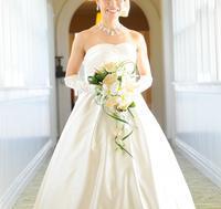 ウェディングドレス、白色のルーツ(7/17) - オフィスオリーブ・スタッフブログ