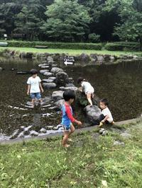 少年の森とスイカ割り - 茅ヶ崎藤沢の青空自主保育てぃだのふぁブログ
