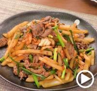 DELISH KITCHEN牛肉とじゃがいものキムチ炒め - さとごころ