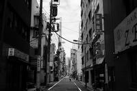 閑散とした街 - 節操のない写真館