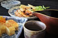 鎌倉彫りの片口 - ボルドーとぺんぺん草
