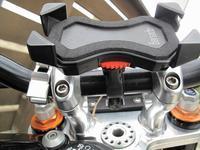 スマホホルダー更新 - なんでバイクに乗るのでしょう?