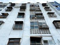〈釜山古アパート巡り〉釜山の街を見下ろす青いアパート・宝水アパート - 韓国アート散歩