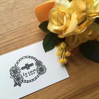 【オーダーはんこ】フェイシャルエステサロンのロゴを彩る、お花はんこ - iihancoのはんこログ