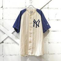 ベースボールシャツと、タンクトップとニット帽。 - the poem clothing store