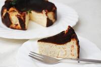 唐辛子入り「バスクチーズケーキ」 - 登志子のキッチン