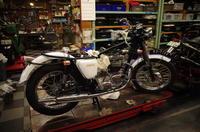 月曜日の授業風景~配線作業は好き嫌いが別れるね~ - Vintage motorcycle study