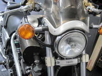 ヘッドライトで戸惑い! - バイクの横輪