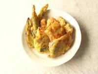 塩麴でしっとり美味しい♪鯖のカレー風味天ぷら - Minha Praia