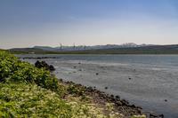 北海道積丹半島「泊原子力発電所が見える浜辺」 - 風じゃ~