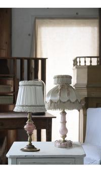 フレンチアンティーク テーブルランプ ランプシェード 照明 ピンク 薔薇モチーフ - clair de lune
