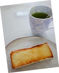 シンプルな朝ごパン★バタートースト - 月夜飛行船2