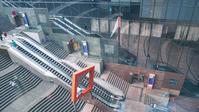 駅ビル大階段 - Blue Planet Cafe  青い地球を散歩する