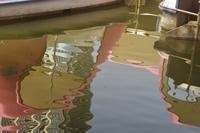 ピカソのような水面のリフレクション - はーとらんど写真感