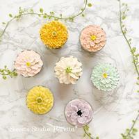 レッスンレポート「ALA餡クリームフラワーカップケーキ1」 - Sweets Studio Floretta* Flower Cake & Sweets Class@SHIGA