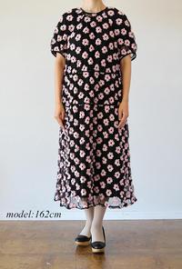 leur logette(ルールロジェット)のアートフラワー刺繍ドレスを着用 - jasminjasminのストックルーム