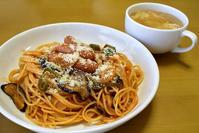 お昼はスパゲッティーナポリタン - ぶん屋の抽斗