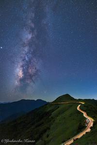 UFOラインから望む天の川 - 写真ブログ「四季の詩」